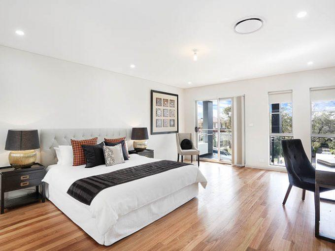 New Luxurious Duplex with Internal Garden